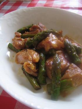 鶏肉とアスパラガスの梅酒炒め