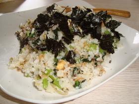 小松菜とアミエビのチャーハン
