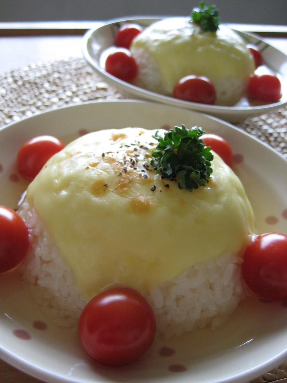 ダブルチーズのコンソメスープ飯