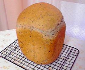 早焼きで♡生クリームごまパン
