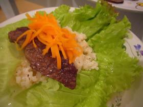 ガーリックライス&牛肉のレタス巻き