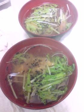 昆布茶で:水菜と梅のスープ