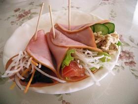ハムの手巻き風サラダ♪