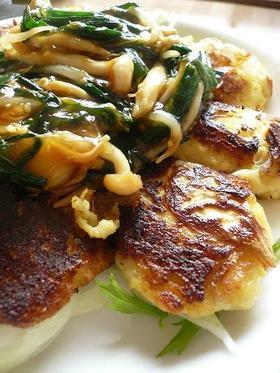 豆腐ハンバーグの中華野菜ソースがけ。