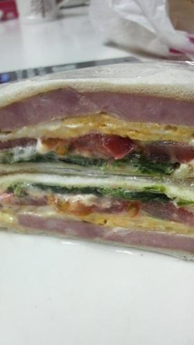 ほうれん草☆エッグトマト☆サンドイッチ