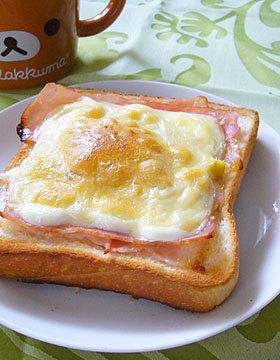 食パンで簡単!コーンマヨ&ベーコン