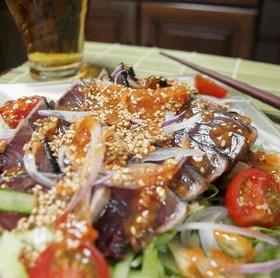 ご飯もお酒もすすむ☆鰹のたたきサラダ♪