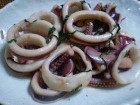 イカのバター醤油炒め、紫蘇風味