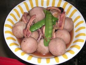 冷凍里芋と圧力鍋で簡単イカの煮物