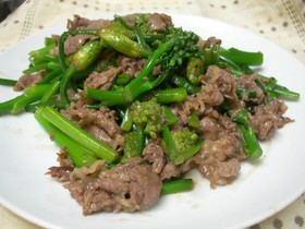 茎ブロッコリーと牛肉のオイスター炒め