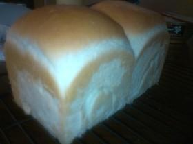 手ごねでモッチリ♪白玉粉入り食パン