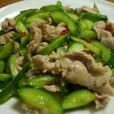 胡瓜と豚肉の甘酢炒め