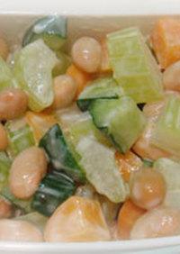 大豆・セロリ・人参でコロコロ3色サラダ
