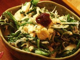 春菊と豆腐のピリ辛炒め