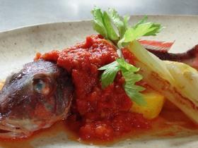 ホウボウのポワレとトマトソース