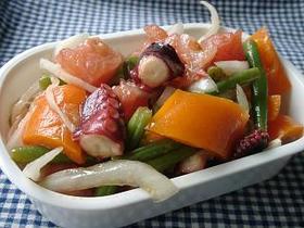 タコとたっぷり野菜のマリネ