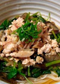 夏野菜でさっぱり♪ぶっかけ鶏素麺