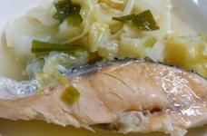 味付けいらず♪塩鮭のキャベツ煮