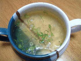 コラーゲンたっぷり鶏がらスープ