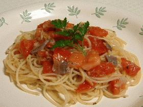 トマトとアンチョビのパスタ