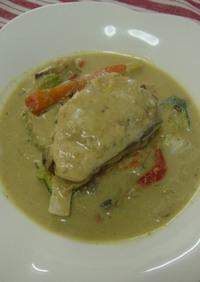 タイ料理:白身魚ソテーのグリーンカレー