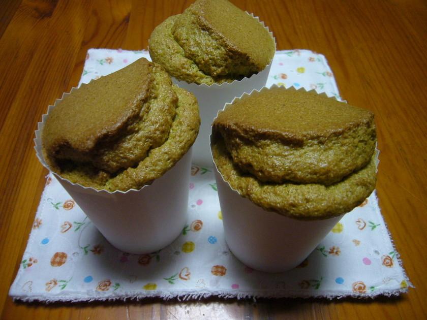 紙コップで抹茶シフォンケーキ
