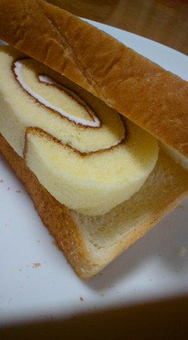 ✿菓子パン風♡ロールケーキサンド✿