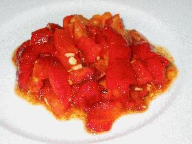 真っ赤なサラダ