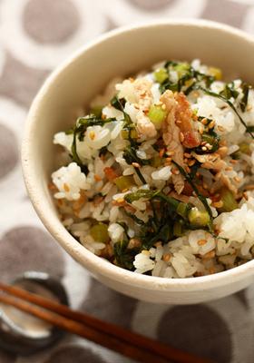 野沢菜と豚肉の混ぜご飯