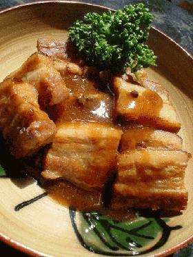 豚三枚肉の蒸し煮「東坡肉」