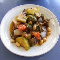 大豆を入れて夏野菜のラタトゥイユ