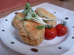 ズッキーニとハムとチーズのフライ
