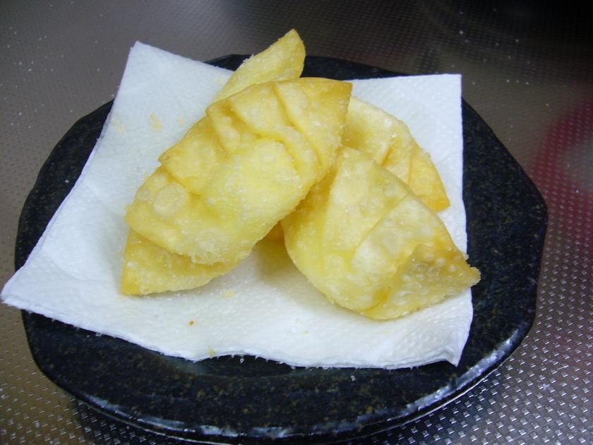 おつまみ③ 餃子の皮で☆カリ②チーズ☆