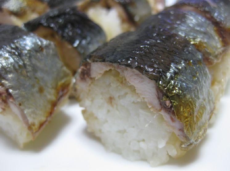 実はカンタン&旨い★焼きさんまの棒寿司