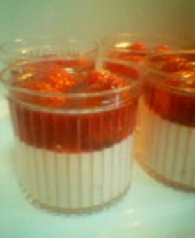 イチゴづくしのチーズケーキ