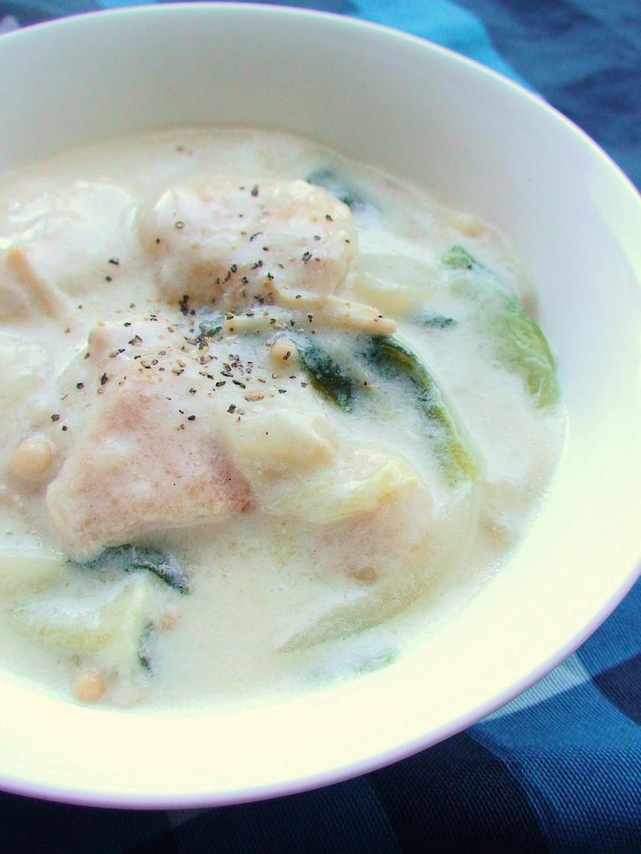 鶏むね肉と白菜のヘルシーシチュー*