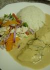 タイ料理-白身魚のココナッツソースがけ
