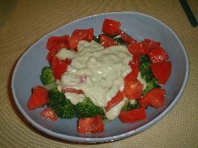 ブロッコリーのヨーグルトアボカドサラダ