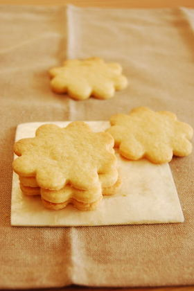 お菓子屋さんのバタークッキー