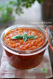 トマト缶でトマトソースをつくろう♪の写真