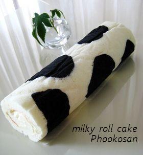 濃厚ミルク♪牛模様の白いロールケーキ