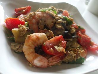 オクラとトマトの海老チリ炒め