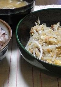 野菜炒め作り味噌バター使用カニもやし炒め