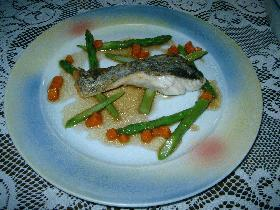 白身魚のムニエル バルサミコソース