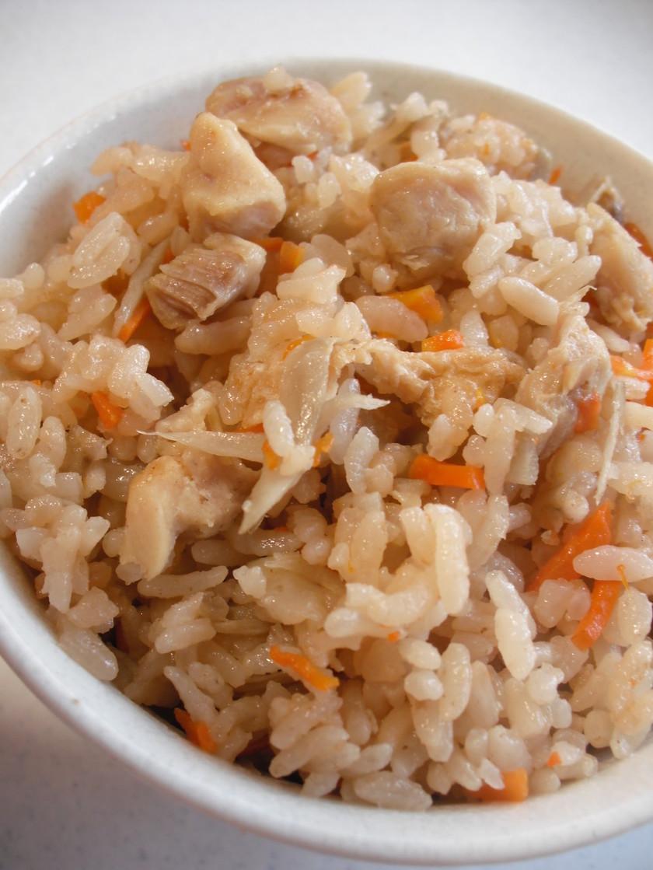 鶏とごぼう炊き込みご飯