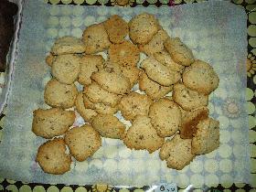 アーモンドチョコボール入りドロップクッキー