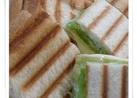 簡単♪食パンでパニーニ