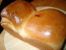 やっと成功したフワフワ食パン