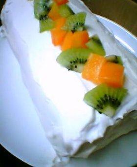 ふわふわっと優しい★フルーツロールケーキ