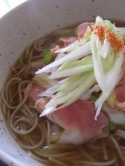 ベーコン葱蕎麦の写真